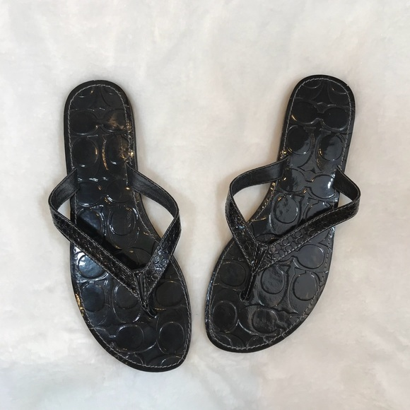 8bc454bec2bf5 Coach Shoes - NWOT Coach Cadee Flip Flops